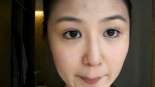 非常簡單易化的兩色眼妝