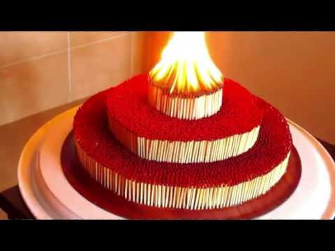 reazione fantastica all'accensione di 5 cerchi fatti con i fiammiferi