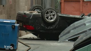 Video Car plunges from Austin parking garage MP3, 3GP, MP4, WEBM, AVI, FLV Oktober 2017
