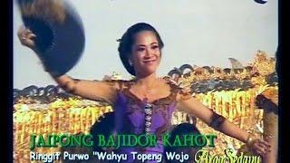 Jaipong Bajidor Kahot, Ki Warseno Slenk Show (West Java Dance) Video