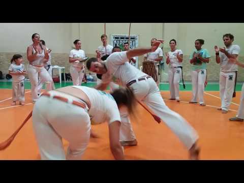 Aula com Professor Raio - Capoeira Brasil