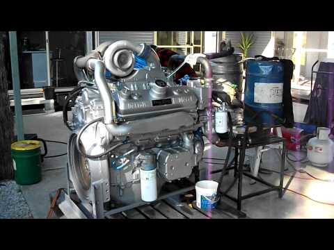 8v92 - Here is the first start up on a rebuild Detroit Diesel 92 engine for a mining drill with 587HP@2100 RPM and 538 HP@1800RPM go to www.shoeydiesel.com.au and o...