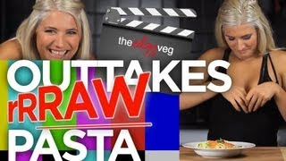 Raw Zucchini Bloopers | The Edgy Veg