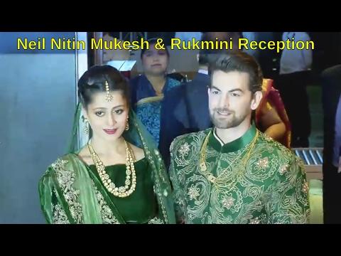 Neil Nitin Mukesh, Rukmini Sahay & Family Pose For