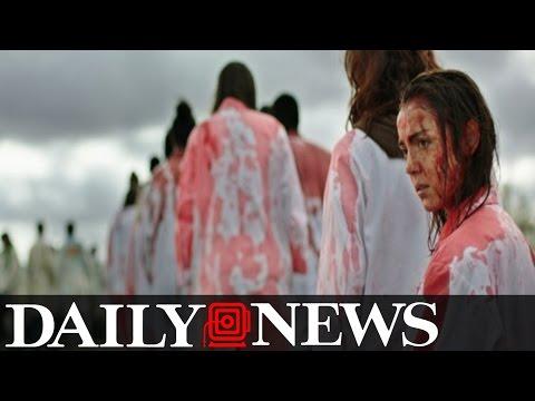 Během projekce kanibalského hororu Raw na festivalu v Torontu omdlévali diváci