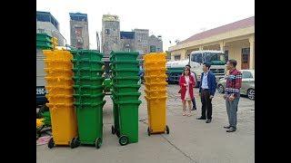 Bàn giao xe thu gom, thùng đựng, phân loại rác thải