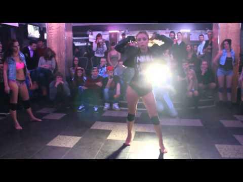 Судейский выход,Елена Яткина DANCEHALL & BOOTYDANCE BATTLE BARNAUL (видео)