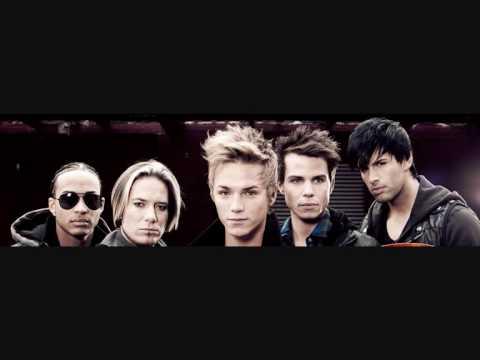 Tekst piosenki Us5 - Burnin' up the dancefloor po polsku