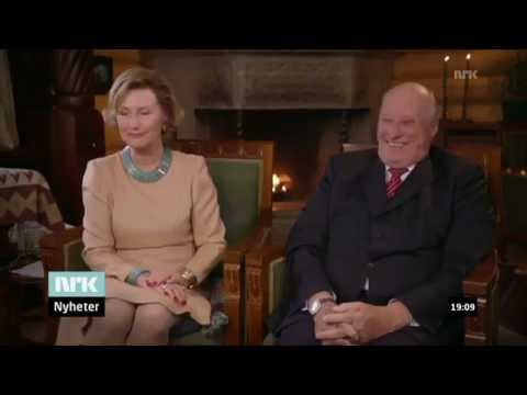 The king of Norway messing with the queen (w/subtitles)