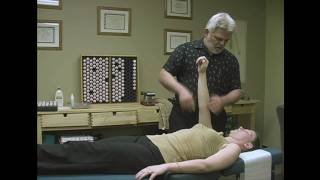 Video Muscle Testing Demonstration by Austin Chiropractic Care MP3, 3GP, MP4, WEBM, AVI, FLV Juli 2018