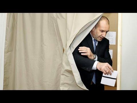 Βουλγαρία: Προεδρικές εκλογές βαρόμετρο για τις σχέσεις με ΕΕ και Ρωσία