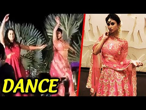 Mouni Roy Dance At Aashka And Brent Sangeet Ceremo