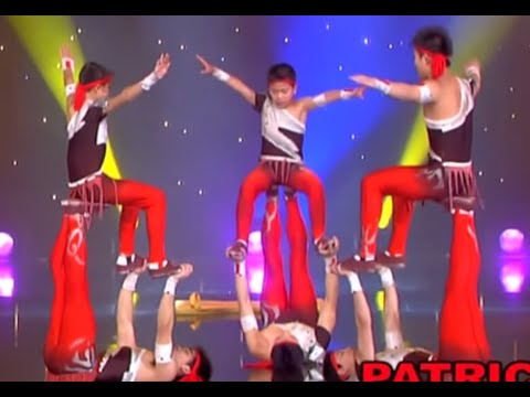circus - Thousands of others shows : http://www.patricksebastien.fr Here is one of the most beautiful and impressiv acrobatic act by the Stars of Beijing's Circus. th...