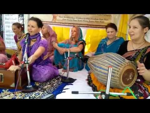 Video 2.4 kirtan 30 9 2015 part 2 Krishodari & Radharani download in MP3, 3GP, MP4, WEBM, AVI, FLV January 2017