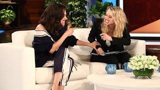 Mila Kunis & Kate McKinnon Play 'Speak Out'