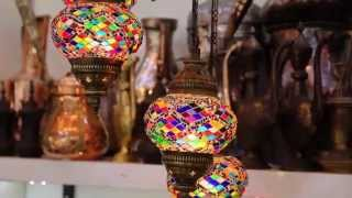 Video Four Seasons Istanbul at Sultanahmet - Traditional Shopping MP3, 3GP, MP4, WEBM, AVI, FLV Januari 2019