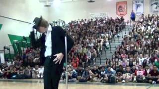 This Dance To Michael Jackson At Talent Show Is Absolutely Amazing!