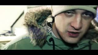Video Kuša a Adrem - Kto pomôže? (ft. Reza a Elham Sicani)