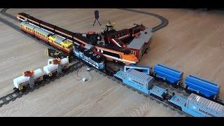 Enormous 6 Lego train crash with Horizon Express, Maersk, 7755, 7740, 7745, 3677 video