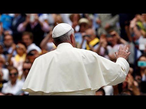 Βατικανό: Ανοιχτό το ενδεχόμενο οι γυναίκες να χειροτονούνται διάκονοι