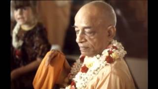 Our Business Is To Repeat The Words Of Krishna - Prabhupada 0094