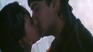 Nonton Hot Kissing Scene   Aamir Khan   Karishma Kapoor   Raja Hindustani Film Subtitle Indonesia Streaming Movie Download