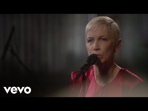 Tekst piosenki Annie Lennox - Strange Fruit po polsku