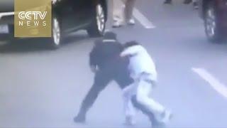 Policjantka vs nieprzewidywalny nożownik. Nie miał z nią żadnych szans