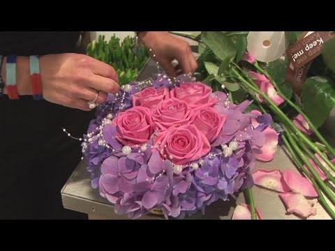 How To Arrange Wedding Flowers Video