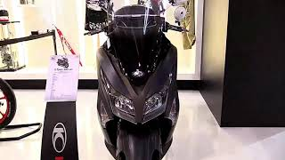 8. 2019 Kymco XTown 300i ABS Complete Accs Series Lookaround Le Moto Around The World