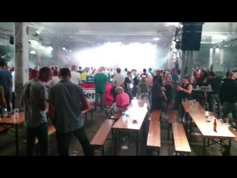 Back to the 90's HARDCORE DJ PAUL ELSTAK (видео)