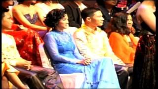 Video 8 Tahun Pacaran, Desy Ratnasari Putus? MP3, 3GP, MP4, WEBM, AVI, FLV Januari 2019