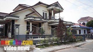 Video Mewahnya Istana Pengusaha Warteg di Tegal, Mirip Rumah Pondok Indah MP3, 3GP, MP4, WEBM, AVI, FLV Februari 2018