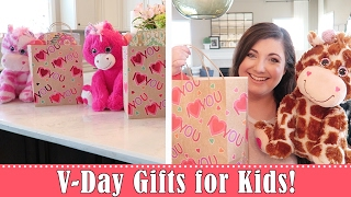Valentine's Day Gifts for Kids! | SATURDAY VLOGGING