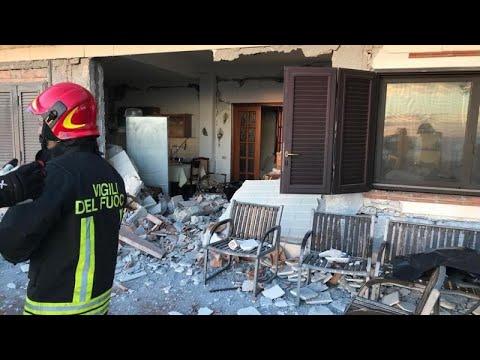 Αίτνα: Καταστροφές σε σπίτια και οχήματα από τους σεισμούς…