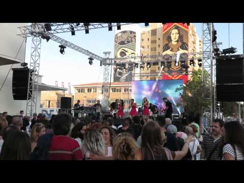 Actuación de Puño Americano & his puñettes. II SMS Festival 2014