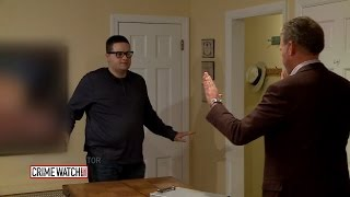 Video Hansen vs. Predator: Chris Hansen catches a plumber on the prowl - Crime Watch Daily MP3, 3GP, MP4, WEBM, AVI, FLV Agustus 2019