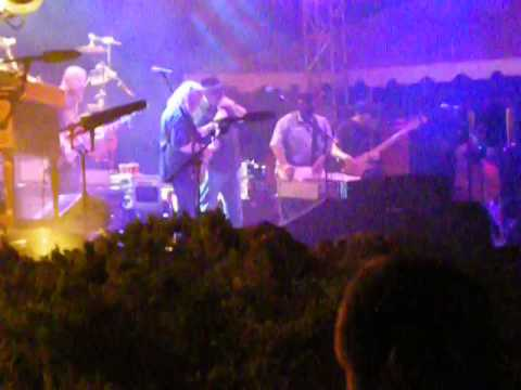 The Allman Brothers feat. Roosevelt Collier and John Popper (One Way Out)