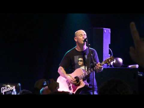 "Corey Taylor Playing ""Wicked Game"" At Sonisphere UK 2010"