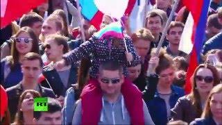 Шествие профсоюзов на Красной площади