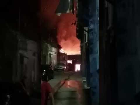 Incendio in via Fornai: il video