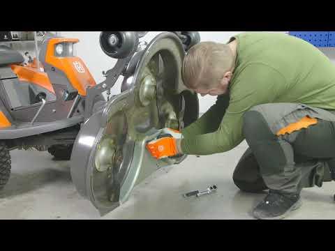 Садовый райдер бензиновый HUSQVARNA R 316TX - видео №2