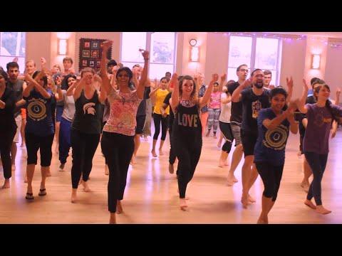 Video Hi Poli Saajuk Tupatali Choreography | Time Pass (TP)| Marathi download in MP3, 3GP, MP4, WEBM, AVI, FLV January 2017