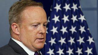 Grosso guaio alla Casa bianca. Si è dimesso il portavoce Sean Spicer. Spicer lo ha annunciato con un tweet. La mossa sarebbe...