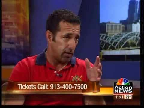 Rich Vos shares some laughs
