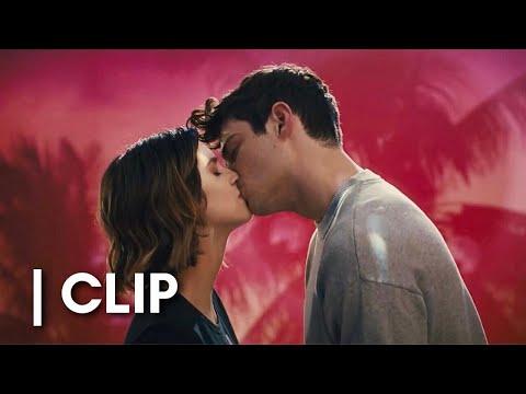 The Perfect Date | Kiss Scene | Romance Clips