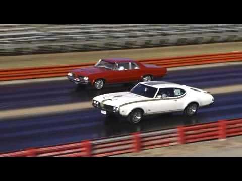 1964 GTO vs. 1969 Hurst Olds
