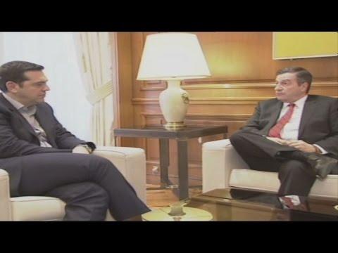 Οι θεσμικές αλλαγές στην αυτοδιοίκηση στο επίκεντρο της συνάντησης Τσίπρα-Καμίνη