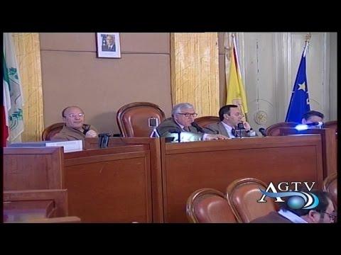 Riunioni delle commissioni arrivano le prime dimissioni