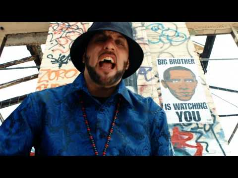 R.A. The Rugged Man - Tom Thum (2015)